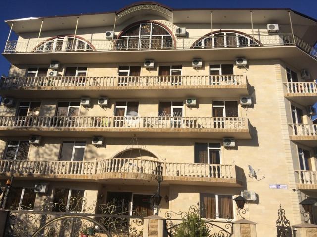 Гостиница Оганес в Адлере